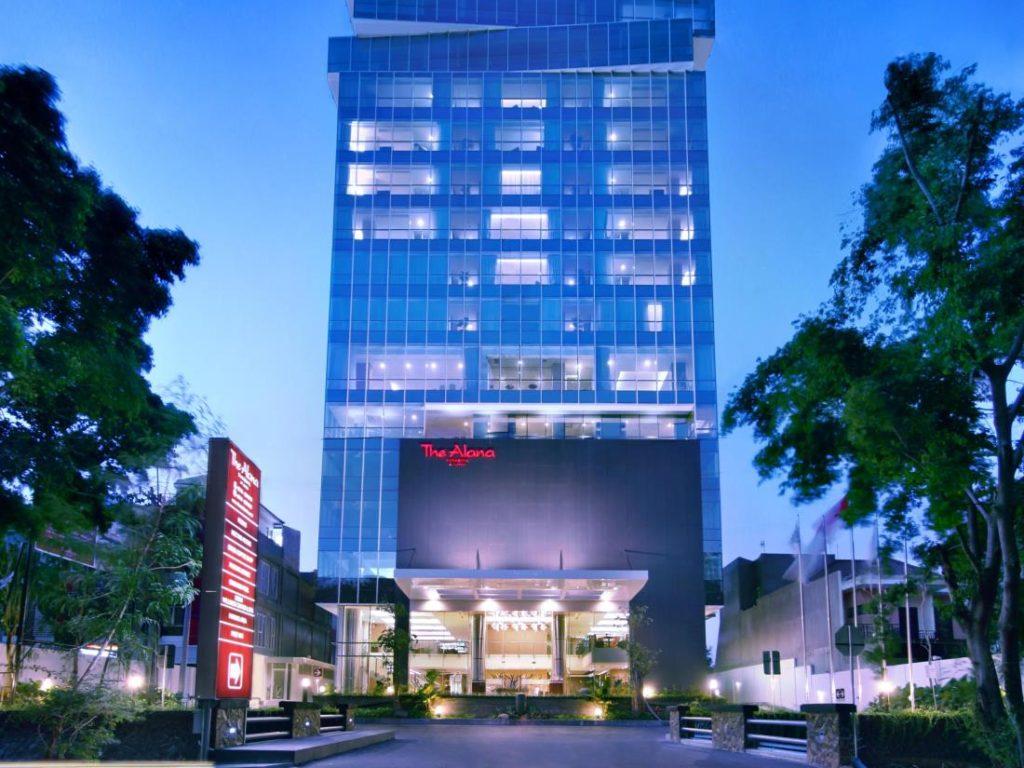 1 The Alana Surabaya