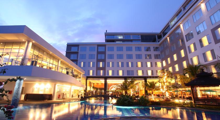 1 Mercure Banjarmasin Hotel